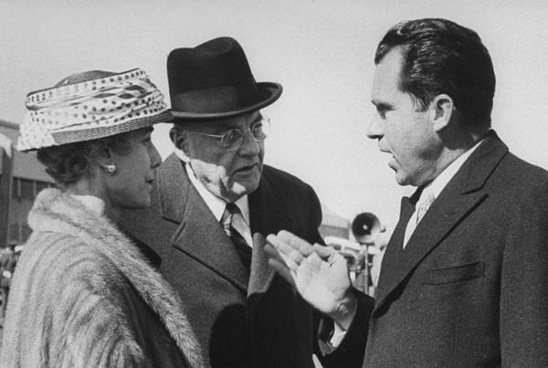 La candidata ambasciatrice Luce con l'allora vice presidente Richard Nixon