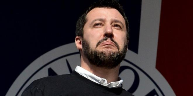 Salvini piange