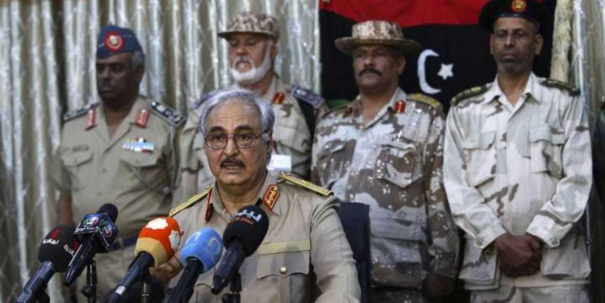 Kahlifa Haftar e i suoi generali