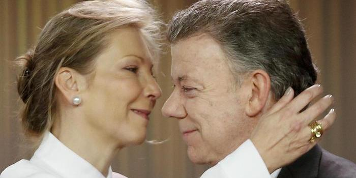 Premio Nobel per la Pace a Juan Manuel Santos, presidente della Colombia.