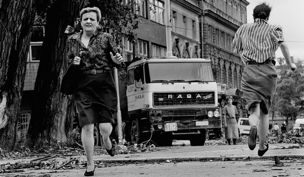 Le donne di Sarajevo durante l'assedio