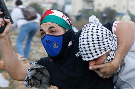 Infiltrati israeliani tra i palestinesi contro l'Intifada
