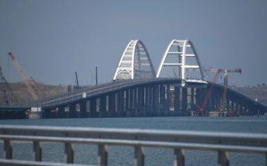 Crimea, Russia, il ponte e Putin