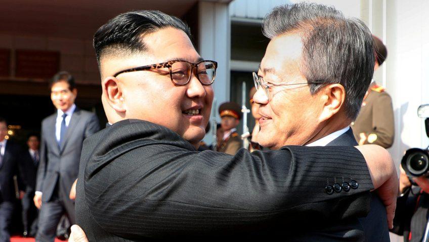 """alt=""""Trump-Kim a zigzag"""""""