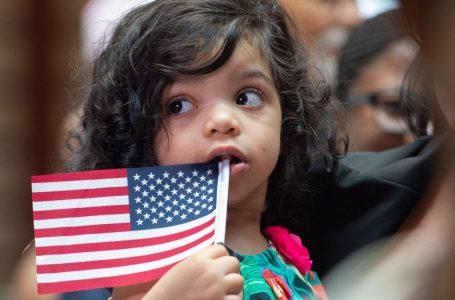 Abusi sessuali bimbi migranti Usa, baby prostitute in Italia