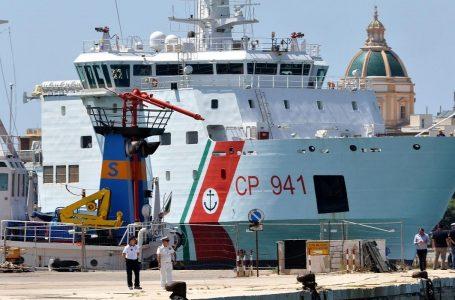 I prigionieri di Nave Diciotti, profughi ed equipaggio