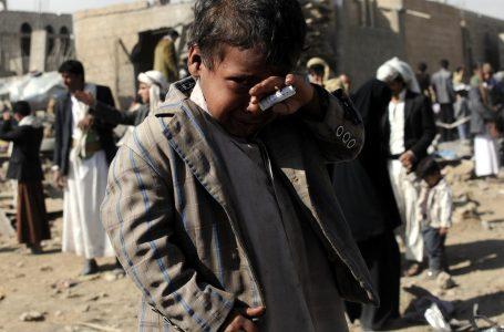 Le bombe dei Saud su un mercato yemenita
