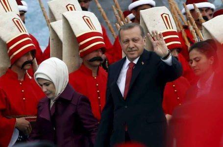 Siria, guai curdi tra Usa e Turchia: Erdogan perde il pelo non il vizio