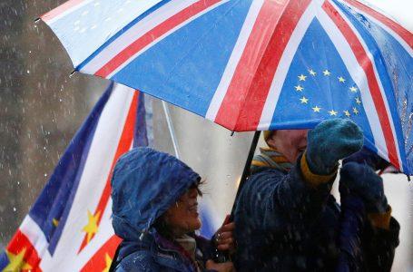 Gran Bretagna enorme pasticcio: 'divorzio con rinvio' a ripensarci?