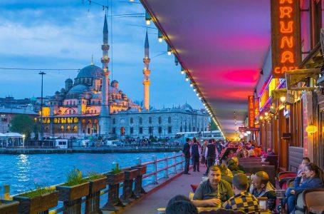 Istanbul al voto per insegnare un po' di democrazia a Erdoğan