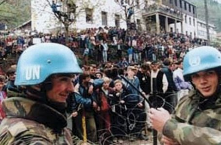 Srebrenica, contabilità da becchini, militari olandesi vili al 10%