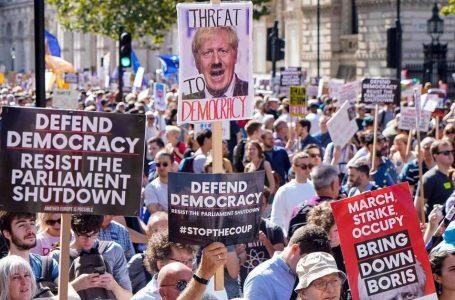 'Get ready for Brexit', preparatevi, ma è caos con elezioni come arma