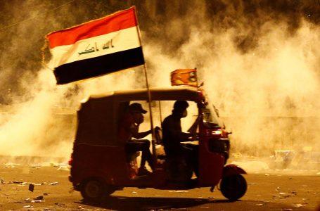 Se la rivoluzione arriva in tuk tuk, il taxi dei poveri eroe di Baghdad