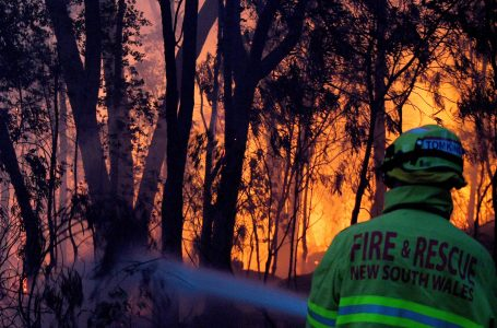 L'Australia in fiamme, la siccità e i cambiamenti climatici negati