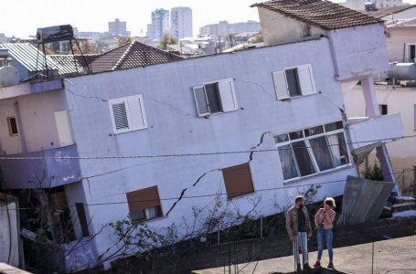 Albania si sgretola a colpi di sisma e di malaffare