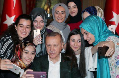 La peggior Turchia contro le donne e le violenza e il peggior Erdogan contro quel poco di democrazia che resta