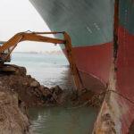 Suez e la nave incastrata: un tappo da 10 miliardi al giorno. Una crisi più pericolosa di ciò che appare