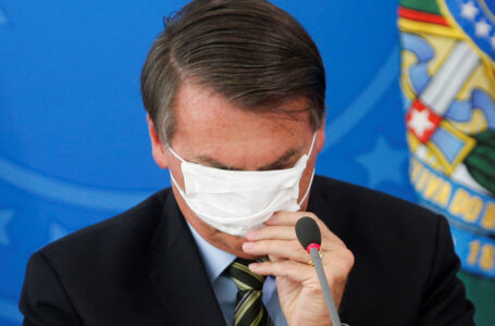 Brasile 400mila morti, commissione d'inchiesta sulla gestione Bolsonaro della pandemia