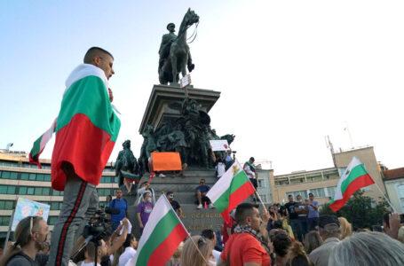 Bulgaria, stufi di essere ultimi nell'Ue, votano la voglia di cambiare