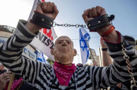 Processo per corruzione, si complica la posizione di Netanyahu