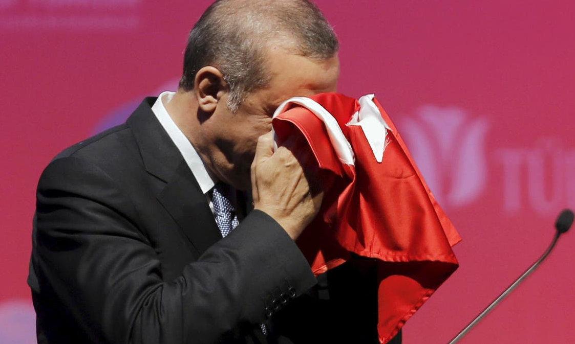Dispotismo, guerre e grandi opere ormai senza soldi. Tramonto di Erdogan?