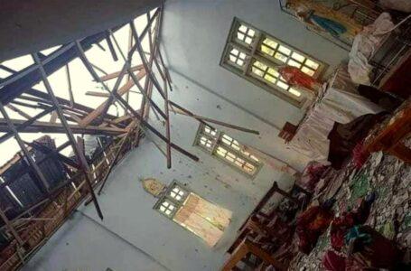 Chiesa bombardata in Myanmar, uccisi quattro rifugiati. Golpisti in guerra con la popolazione