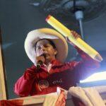 Perù: contro la vittoria del candidato di sinistra Castillo, valanga di ricorsi e minacce di golpe
