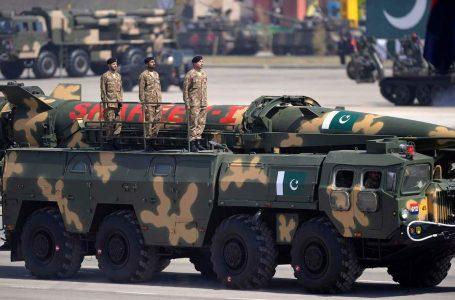 Morto di Covid il 'padre' della bomba atomica pakistana, prima arma nucleare nell'Islam
